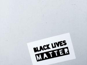 El racismo es un problema de justicia social